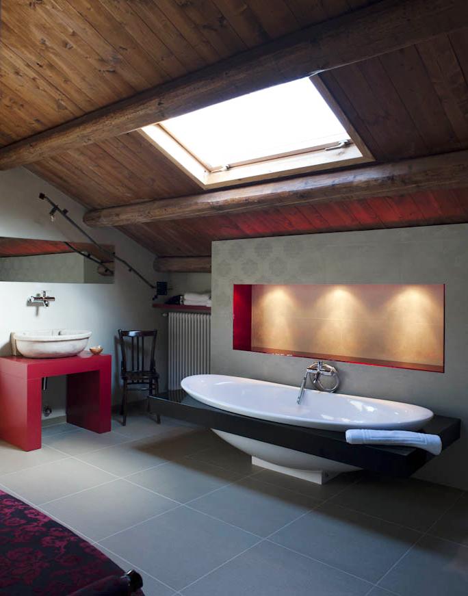 Vasca Da Bagno Divano.La Camera Rosso Di Casa Isabella